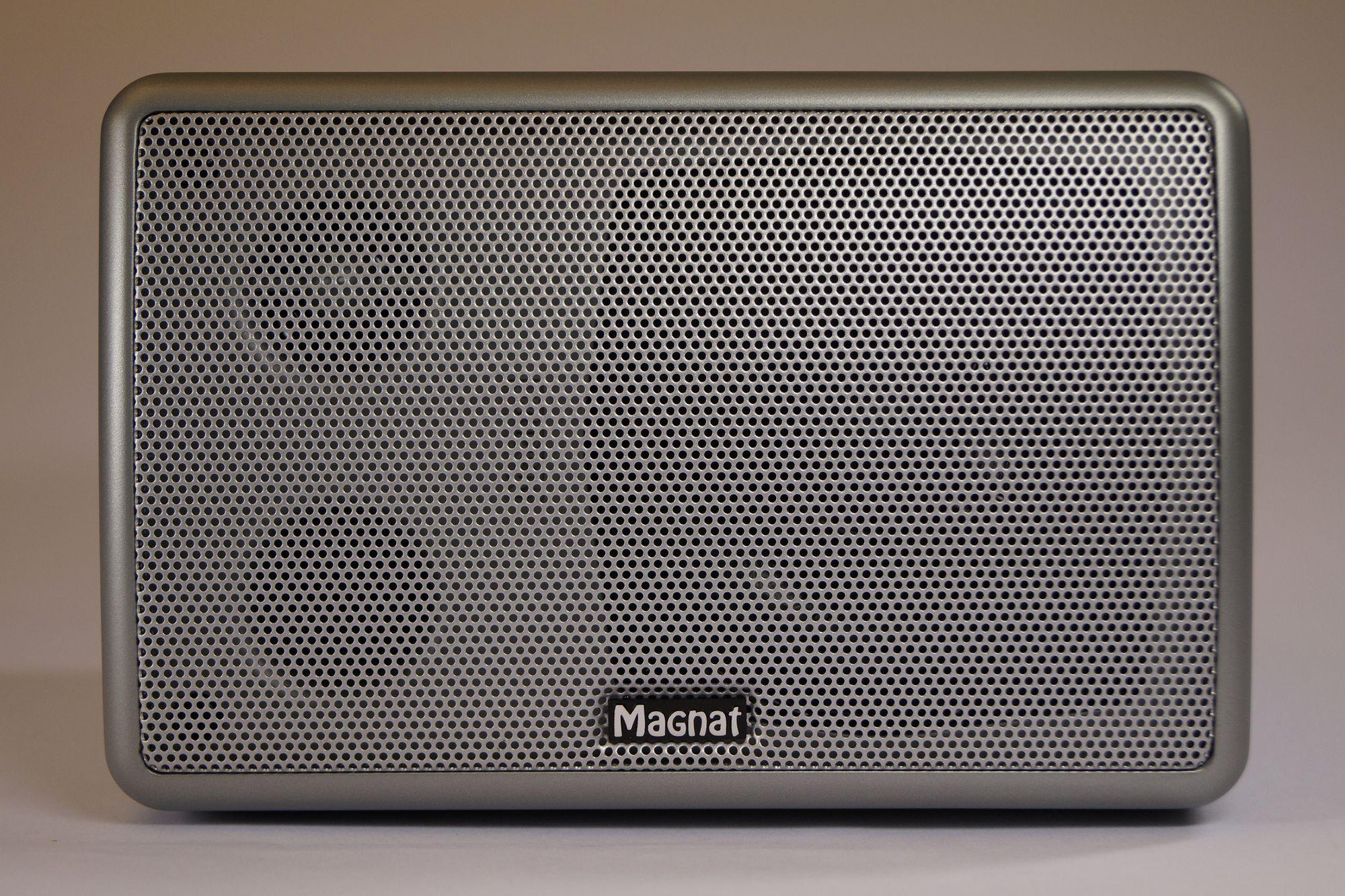 1 Stück Magnat Metric Center Lautsprecher silber, Neuware 001