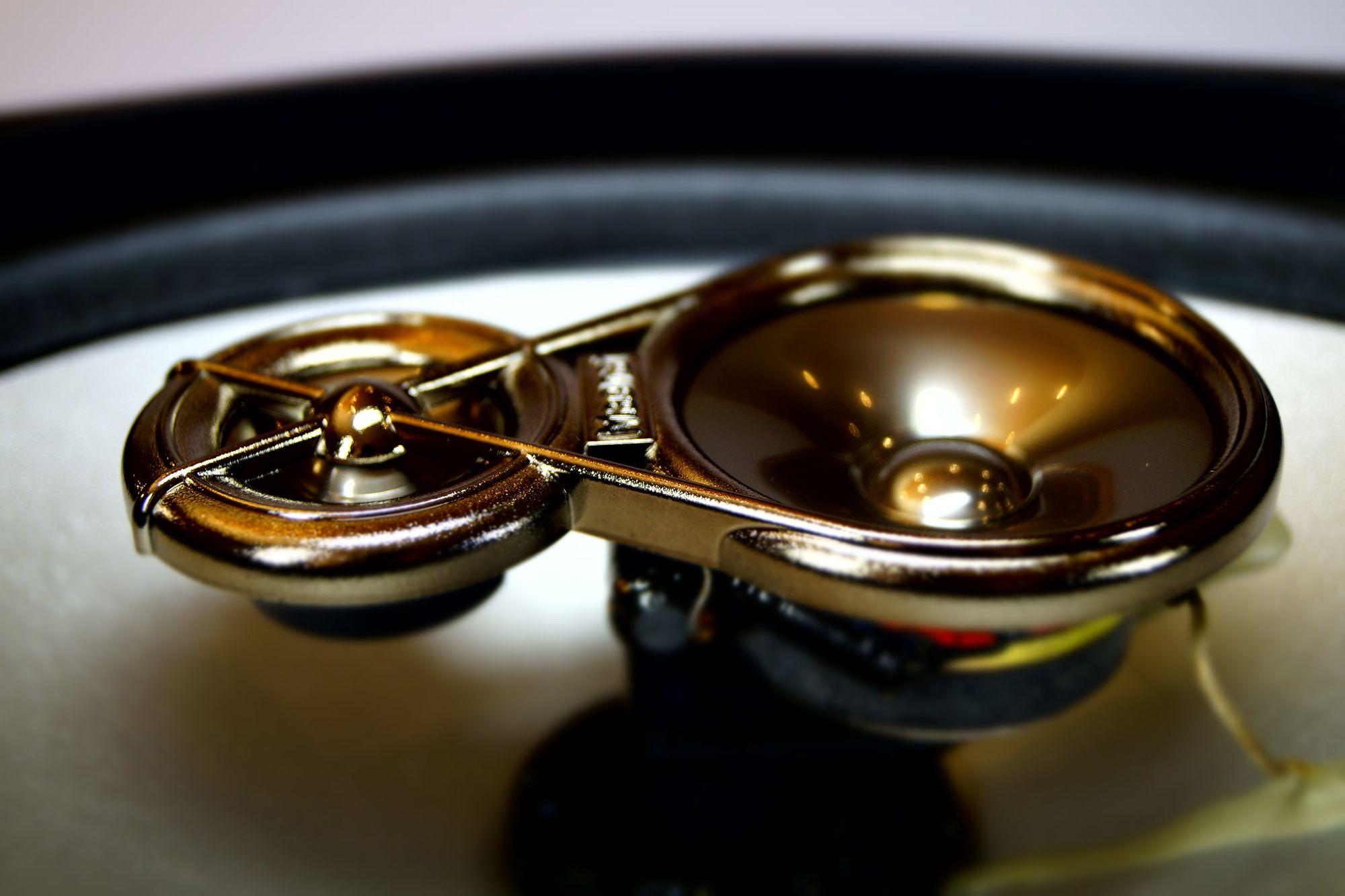 1 Paar 6x9 Lautsprecher 3-Wege Triax Magnat X-Tract 7130 – Bild 5